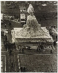 Wrapped Monument to Vittorio Emanuele (Project for Piazza del Duomo, Milano)