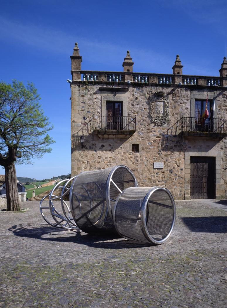 Cáceres II, 2001